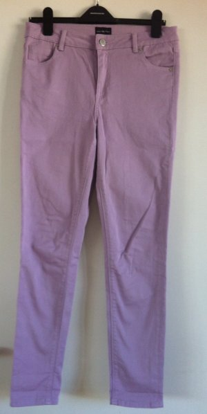 Slim Fit Jeans im schönen Fliederton