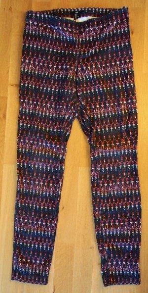 Slim fit Jeans / Jeggings mit Ethno-Muster in schwarz / weiß / rot / blau