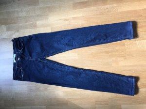 Slim Jeans von Hollister in dunkler Waschung