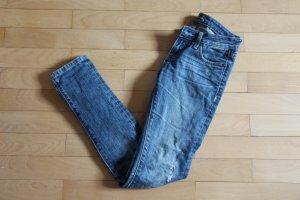 Slim Jeanshose mit Löchern, XS