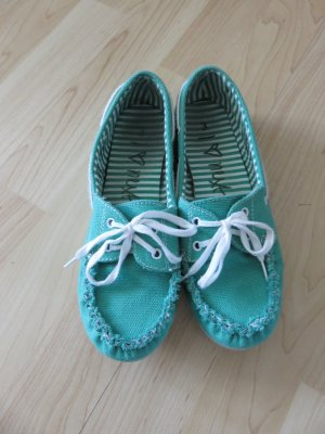 Sailing Shoes green