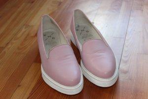 Slipper/Loafer mit hoher Sohle