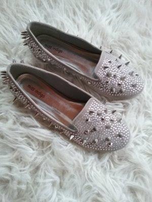 Zapatos formales sin cordones blanco-color plata