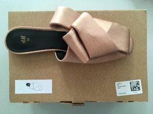 H&M High-Heeled Sandals dusky pink silk