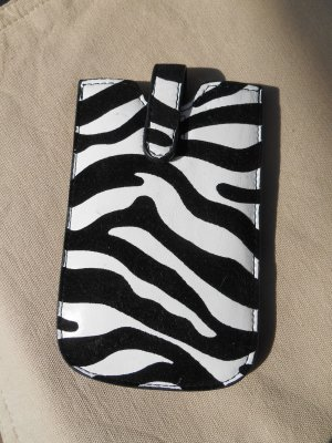 Smartphone Tasche / Hülle im angesagten Animalprint Neu