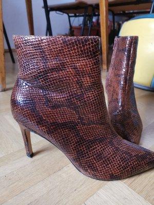 snakeskin booties Stiefeletten 40 reserved high heels worn once
