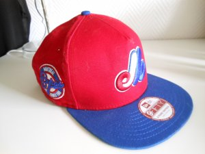Snapback Cap in Rot/Blau/Grün