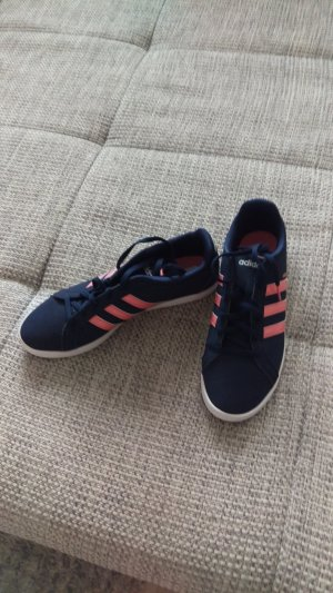 Adidas NEO Lace-Up Sneaker magenta-blue