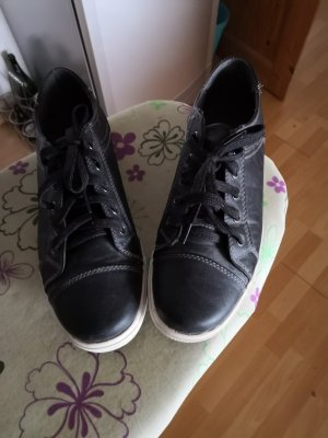 Blue Motion Lace-Up Sneaker black-white
