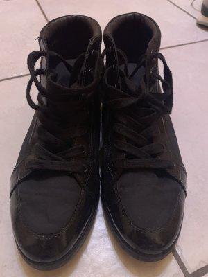 Prada High top sneaker zwart