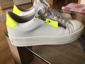 Spm High Top Sneaker white-neon yellow