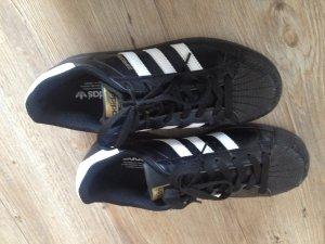 "Sneaker Adidas ""Superstar"""