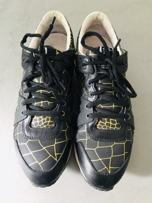 Alexander McQueen Lace-Up Sneaker black-gold-colored