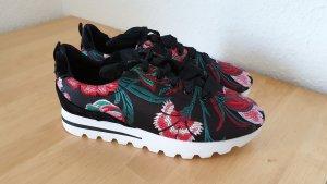 Sneaker Bershka Gr. 36
