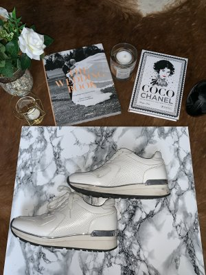 Lace-Up Sneaker white-silver-colored