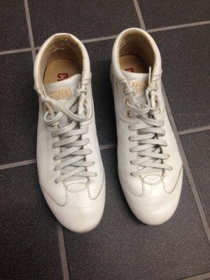 Sneaker Camper Gr. 39