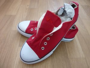100 Basket slip-on rouge-blanc