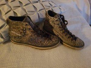 Sneaker / Chucks von Diesel Industries, Leofell, Nieten, stylisch, Gr. 36