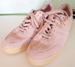 Michael Kors Lace-Up Sneaker light pink leather