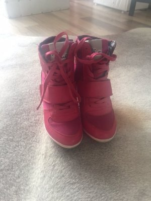 Sneaker- fast neu - Trendfarbe pink