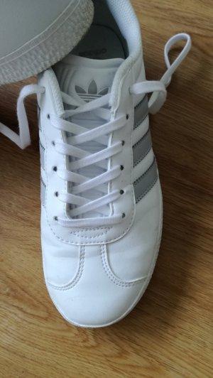 Sneaker Gazelle von Adidas in Gr. 36 2/3 in weiß grau - wie neu
