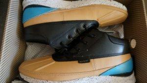 Sneaker*Gourmet* für sehr schmale Füße, fallen klein aus (ca. 41,5-42)! NEU