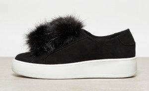 Sneaker Gr 42