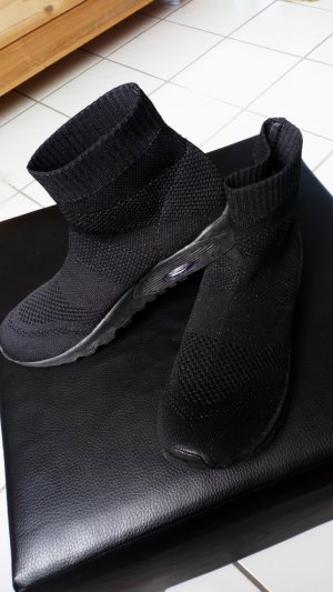 Sneaker Gr 42 Neu Trend !