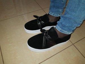 Sneaker halbschuhe flache Schuhe Pieces Schleife Gr. 40 schwarz Neu Bootschuhe & Slipper