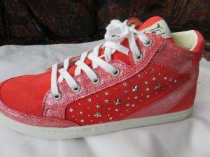 Sneaker high neu !!