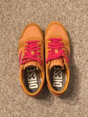 Sneaker im Retro-Style von Diesel Gr. 38