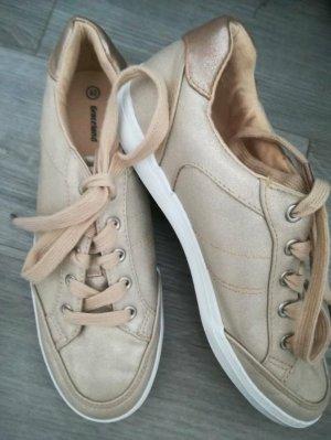 sneaker in Gold