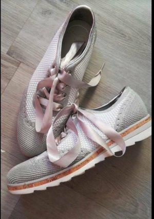 sneaker in grau/Silber