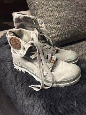 Sneaker in khaki von Palladium