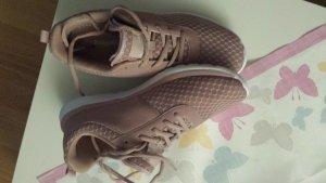Sneaker Kanga Roos Größe 40