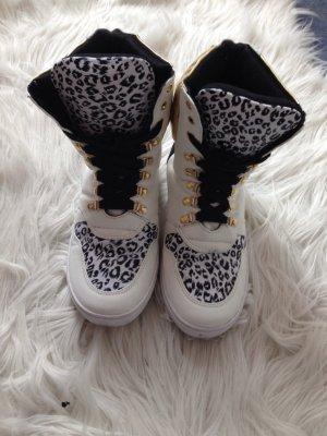 Sneaker Leoparden Muster wie neu