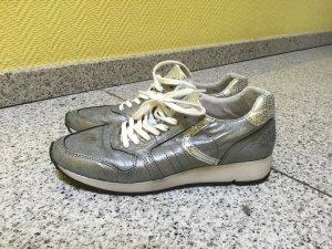 Sneaker matt Silber, Leder Größe 39