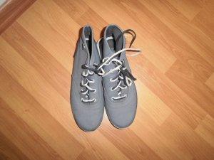 Sneaker mit hohem Schaft von KEDS