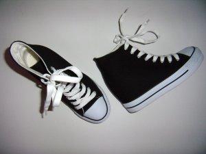 Sneaker mit Keilabsatz schwarz weiß