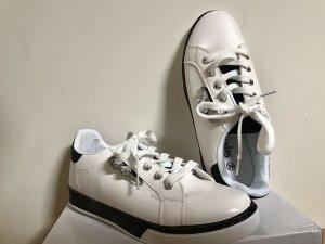 Sneaker (Neu)