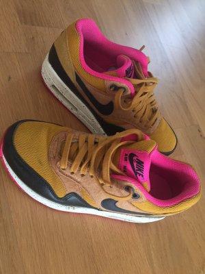 Sneaker Nike Air Größe 36
