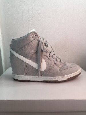 Sneaker Nike Dunk Sky HI Gr. 36,5