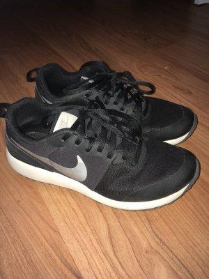 Sneaker  Nike Gr. 36,5