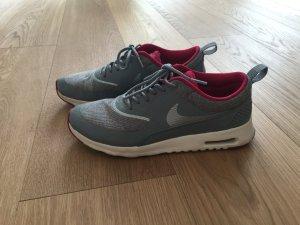Sneaker Nike, Gr 40,5