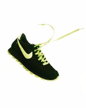 sneaker • nike • leder • velours • schwarz • neon