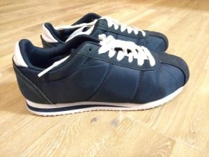 Sneaker Retro