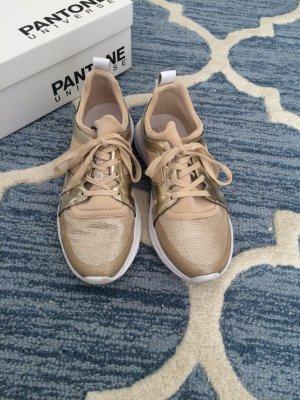Sneaker Roségold (Pantone)