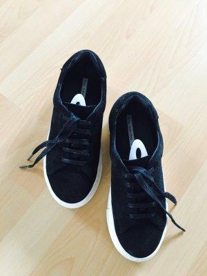 Sneaker / Schuh von & other Stories, schwarzes Veloursleder, Größe 37