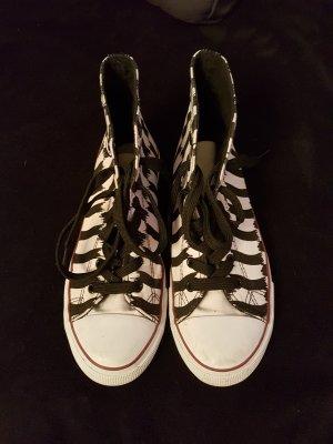 Sneaker schwarz weiß in 39