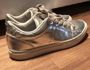 Sneaker silber von Pieces